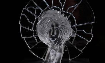 Tecate gana Gold Glass Lion en Cannes por su campaña contra la violencia de género