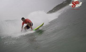 Celestino Rodríguez: héroe local que cambió las paletas por el surf
