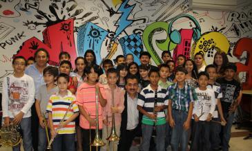 Los Tigres del Norte confirman éxito de Escuela de Música Studio CM