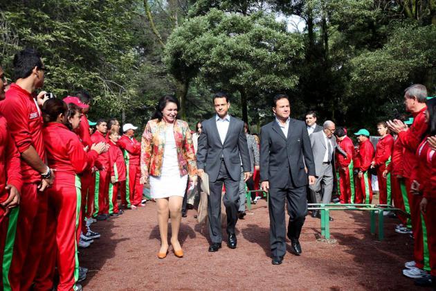 Como parte del 30 aniversario del parque Naucalli, CM y CONADE inauguran gimnasio al aire libre