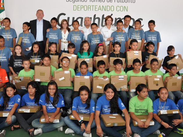 Ceremonia de premiación 1er. Torneo de beisbol Deporteando con Cuauhtémoc Moctezuma